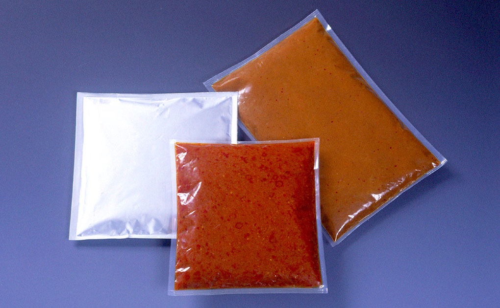 Four-side seal packaging (three-side seal packaging)